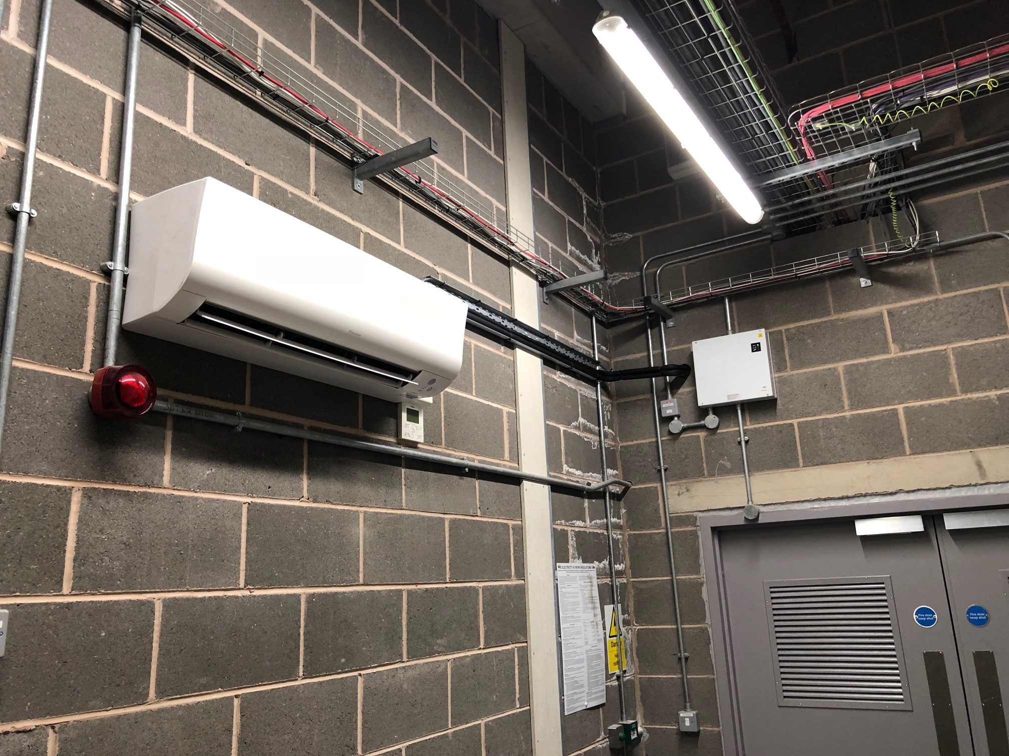 Daikin VRV and HRV hotel installation T4 Heathrow Airport - Aerocool Ltd - Air Conditioning - Refrigeration - HVAC